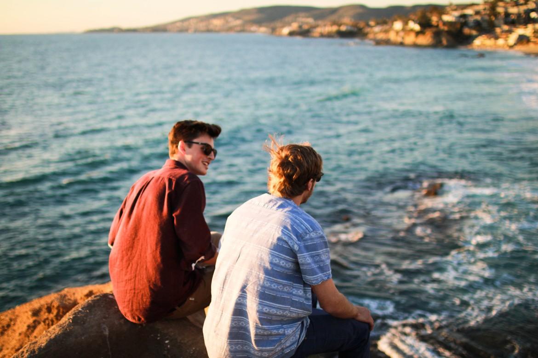 Gdybym wyglądał jak typki z tego zdjęcia i zawsze miał w tle ocean pewnie nigdy bym się nie przejmował oceną innych ludzi.