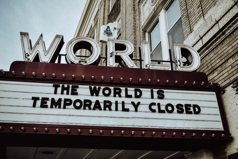"""Kryzys gospodarczy w wykonaniu """"zamkniętym""""."""